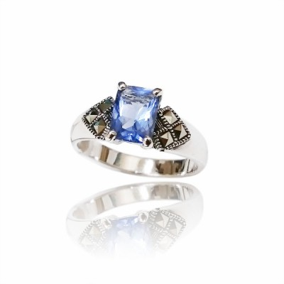 Marcasite Ring 8X6mm Rectangular Tanzanite Cubic Zirconia with Square Marcasite at Side