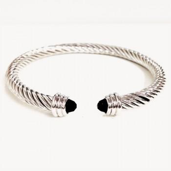 Brass Brlt Twisted Cuff With 4.5Mm Gem Onyx